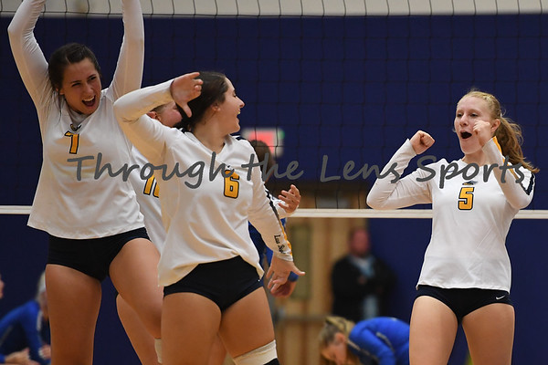 Bend vs.  McNary  HS Volleyball