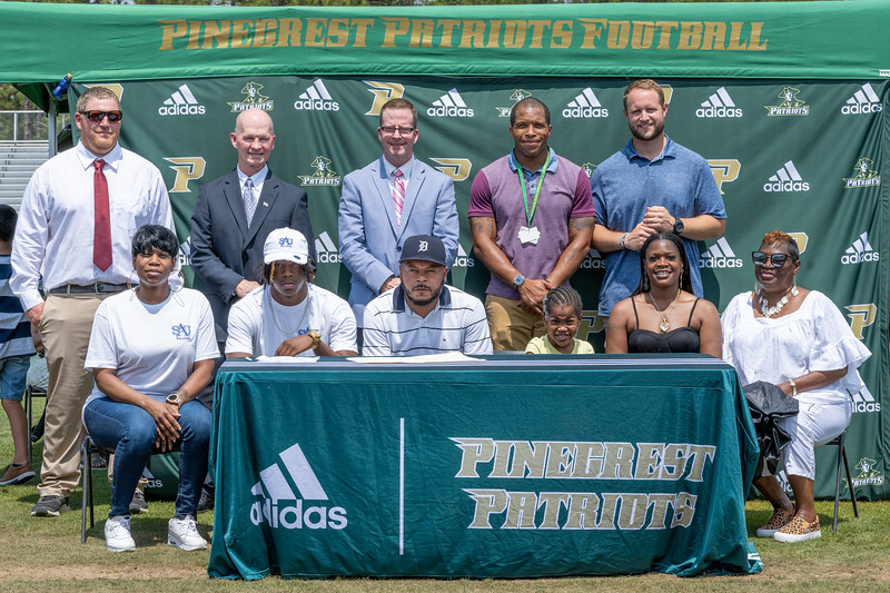 Niquan-Hill-Pinecrest-Football-Signing-May-24-2021-304.jpg
