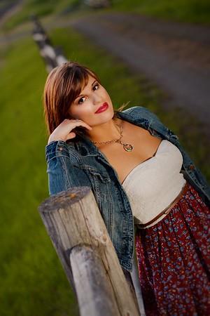 Miss Temma Boarder Senior Photo shoot