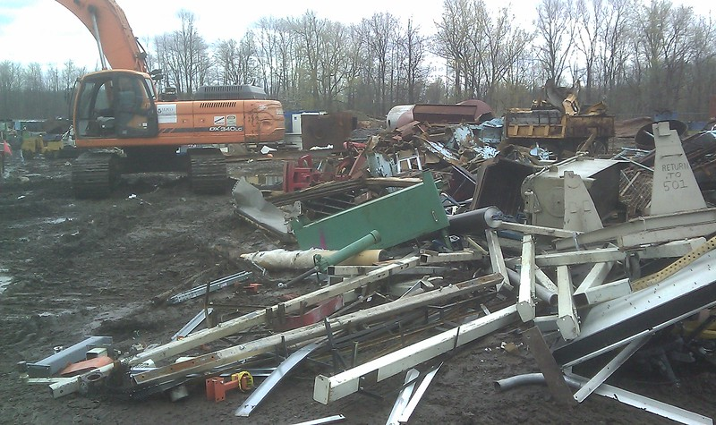 NPK M35K demolition shear on Doosan excavator-C&D recycling (9).jpg