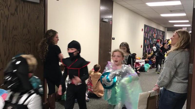 Halloween Parade 3rd.MOV