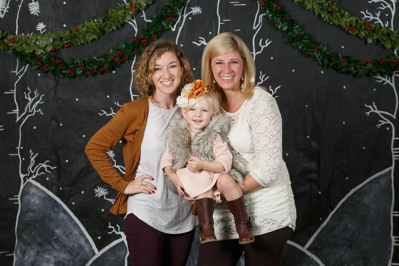 3Crosses-2016-ChristmasPortraits-023.jpg
