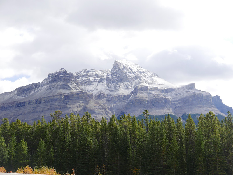 Mountains at the Saskatchewan River Crossing