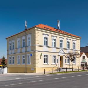Zdravotní středisko Kunratice - přestavba 2013
