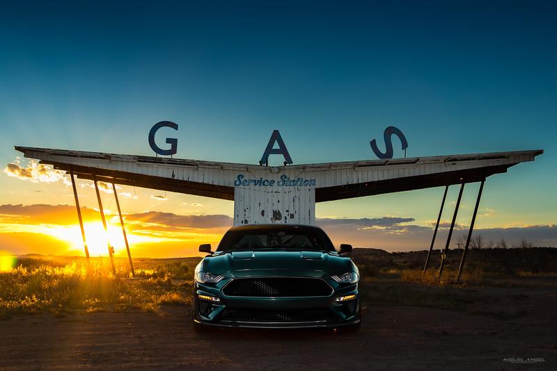 Bullitt sunset gas sign.jpg