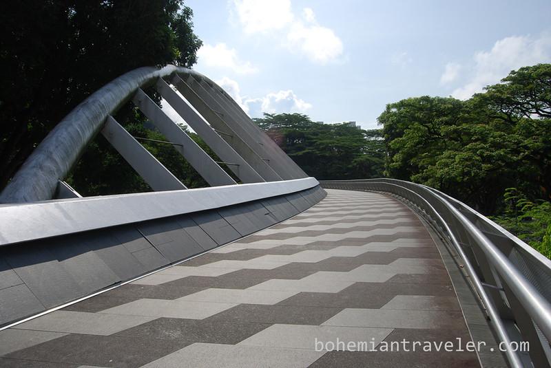Henderson Waves Bridge Singapore.jpg