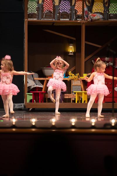 Dance Productions Recital 2019-209.jpg