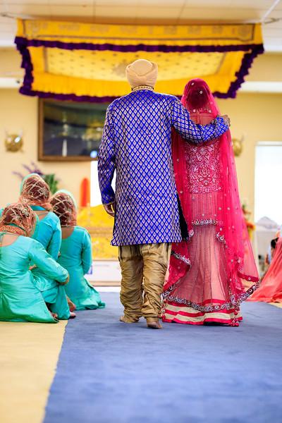 Neelam_and_Matt_Gurdwara_Wedding-1350.jpg