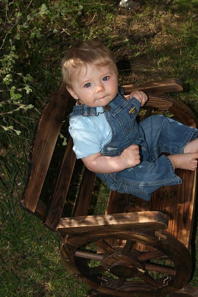 Tyler 9 months-11.jpg