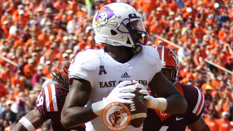 ECU WR James Summers is pressured by DE Ken Ekanem and LB Tremaine Edmunds on a direct snap inside the ECU endzone.  (Mark Umansky/TheKeyPlay.com)