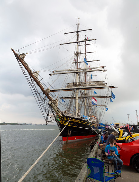 Stad Amsterdam and car show