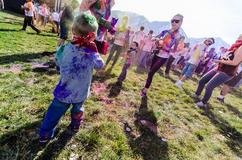 Festival-of-colors-20140329-034.jpg