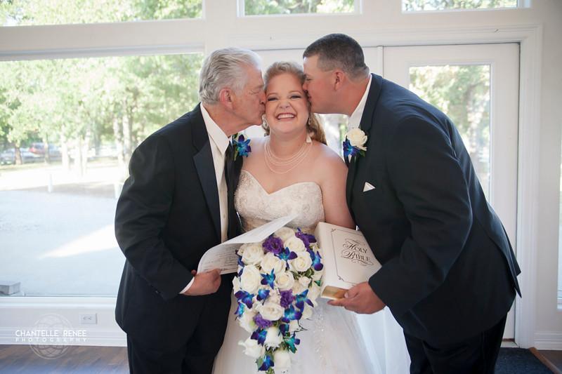 CRPhoto-White-Wedding-Social-429.jpg
