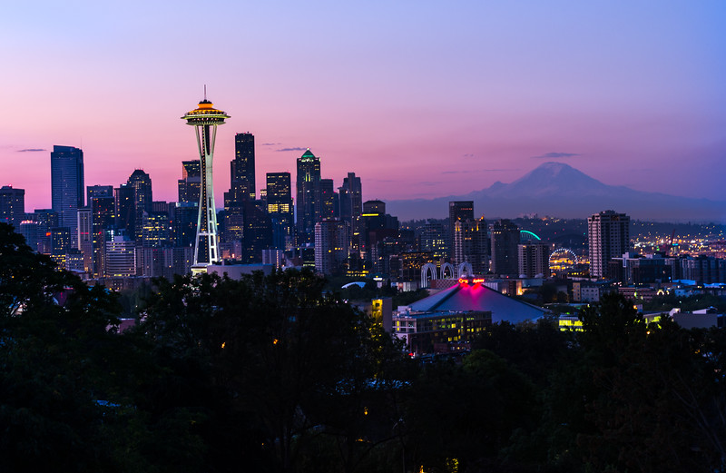View of Space Needle Tower and Mount Rainier in background - USA - Washington - Seattle