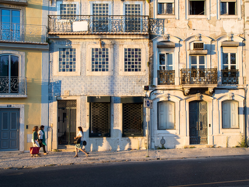 Lisbon-7040165.jpg