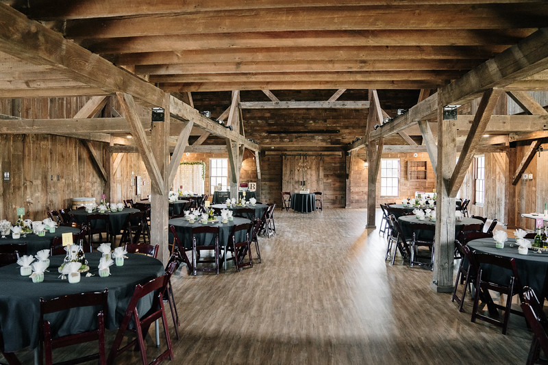 rustic_ohio__fall_barn_wedding-46.jpg