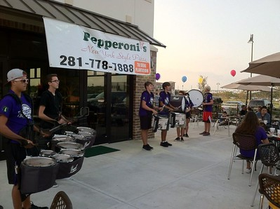 2014 10 29 Pepperonis Opening