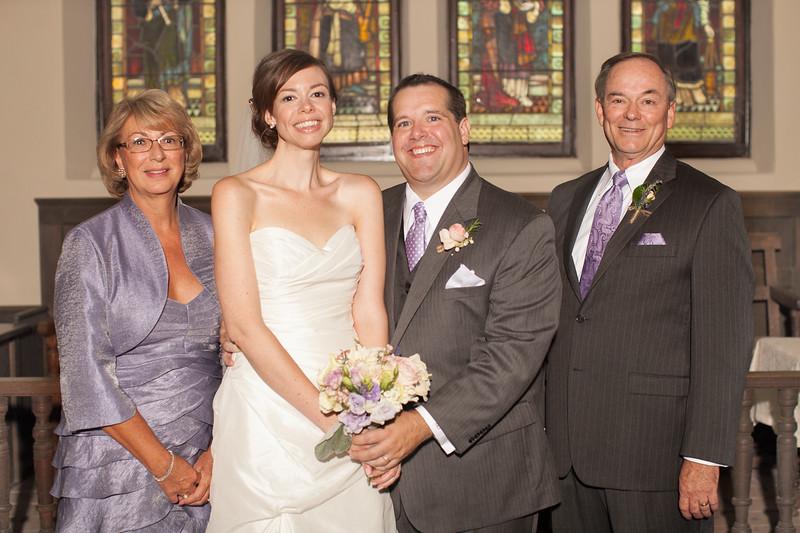 weddingphotographers393-2128392522-O.jpg