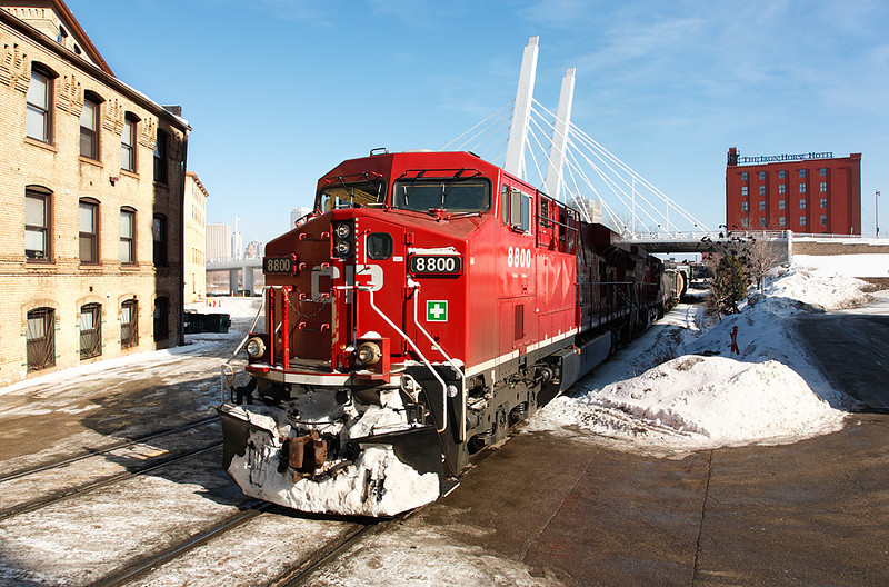 Canadian Pacific 8800 (GE ES44AC) - Milwaukee, WI