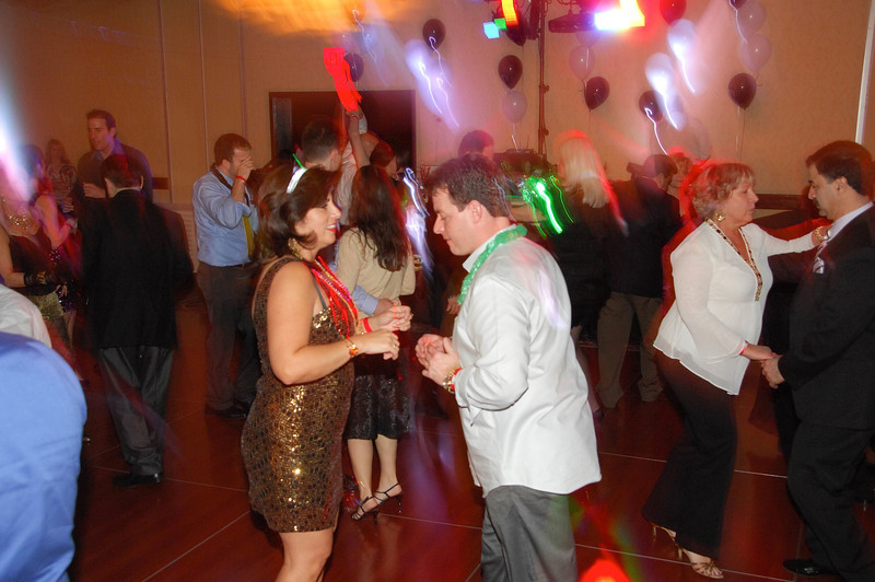 20121231 - Dancing NYE CT - 016-sm.jpg