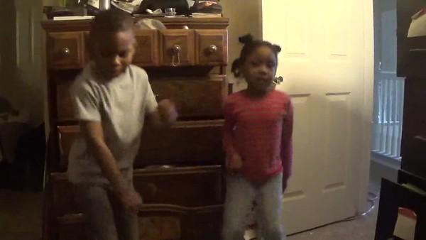Family 170306 Brayden & Spring Sing Uptown Funk