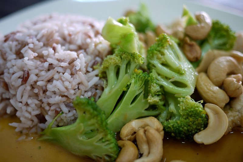 Chicken broccoli and cashew nut (1).JPG