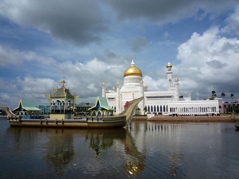 a mosque again.JPG