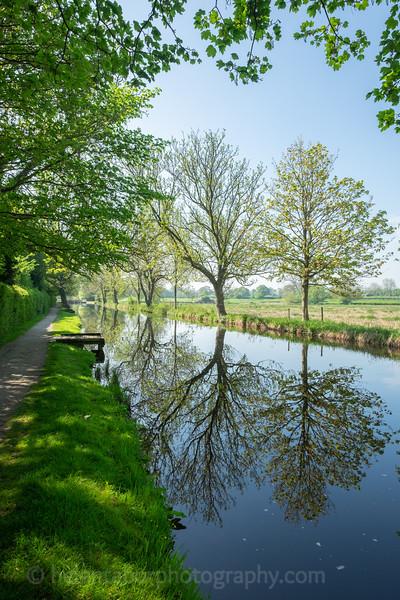 Ripon canal 7 May 18-51.jpg