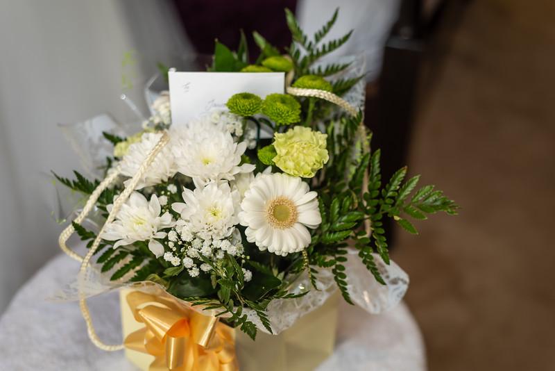01 Bridal Prep-32.jpg