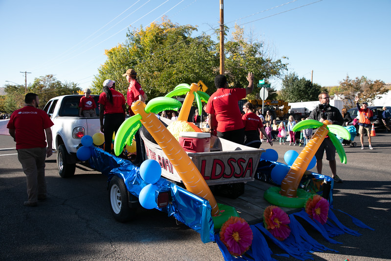HOMECOMING PARADE 2019-1790.jpg