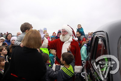 ORLEANS YACHT CLUB — pancake breakfast with . . . mrs. claus ~ santa by boat — Orleans, MA 11 . 26 - 2016