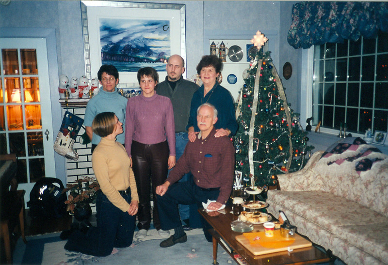 Christmas 2001 2.jpg