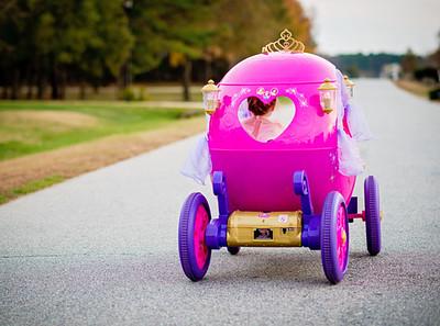 Disney-Princess-Carriage-Daily-Mom-Ultimate-Christmas-Guide-2016_2.jpg