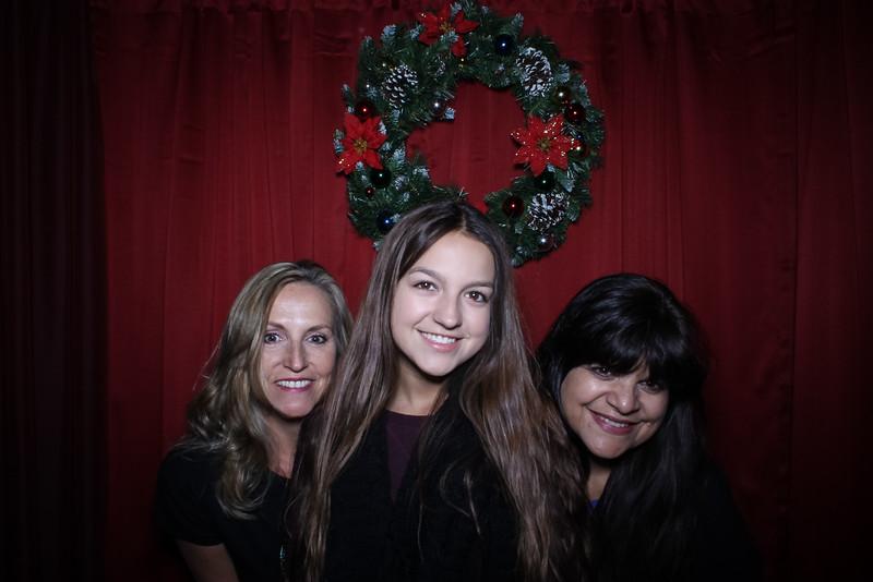 Good Shepard Lutheran School Christmas Boutique 2014-215.jpg