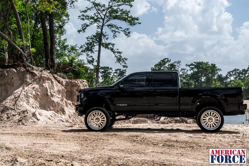 003-@devito82 2018 Black Ford F250 26 Polished ATOM 37 Dakar Tires-20180610.jpg
