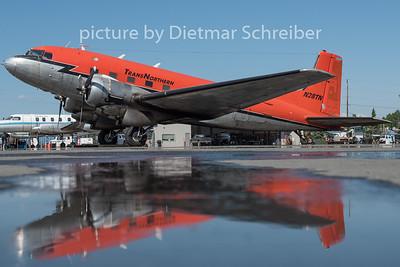 N28TN Douglas C117