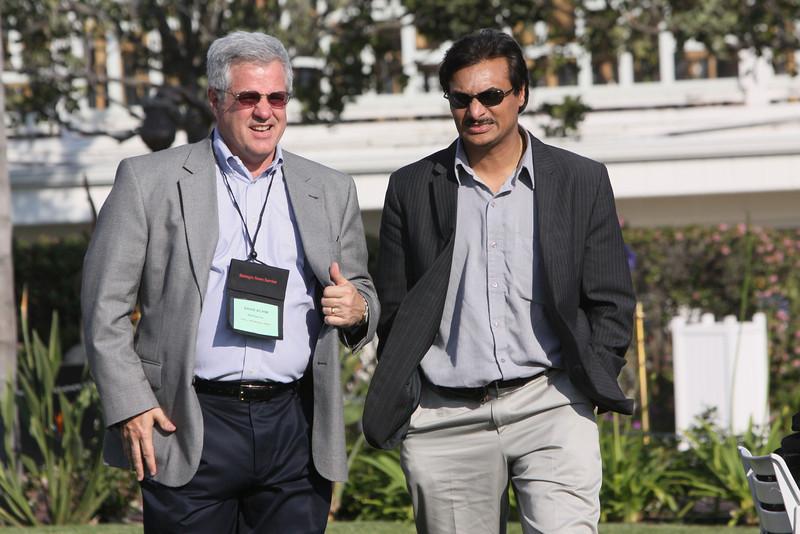 David Achim (L), President and COO of FiReStarter company SkyFiber