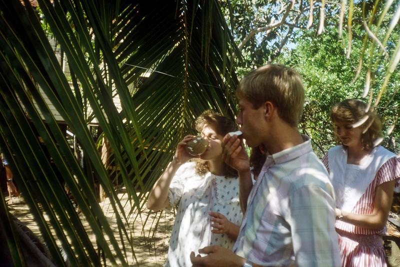 1989 Roatan Honduras Mission Trip-0065.jpg