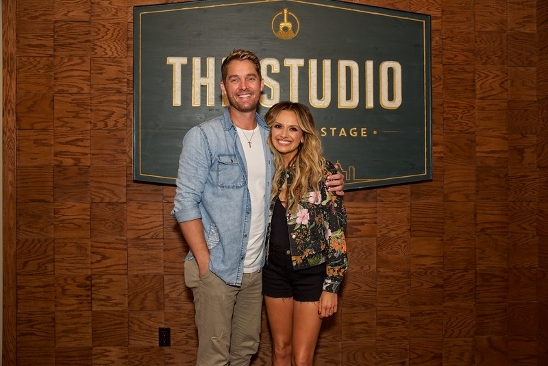 Carly Pearce & Brett Young  meet and greet