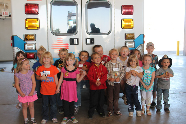 Janesville kindergarten visits fire department