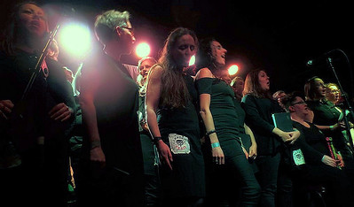 commoners choir:Hebden Bridge Trades Club:11th Nov.2017