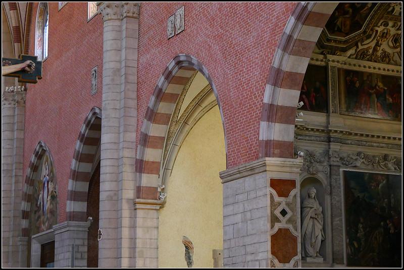 2019-09-VIC-Duomo-14.jpg