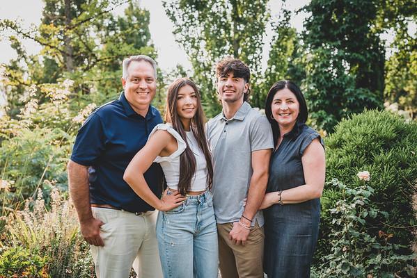 A's Family portraits 2021
