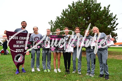 Ankeny Centennial Jaguars Girls & Hawkettes Cross Country State Qualifier Meet 10202021