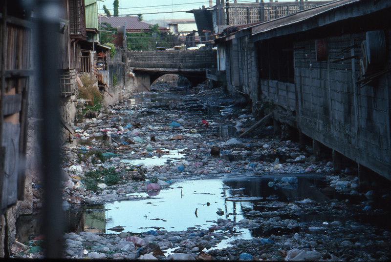 pampanga'94.trash canal.jpg