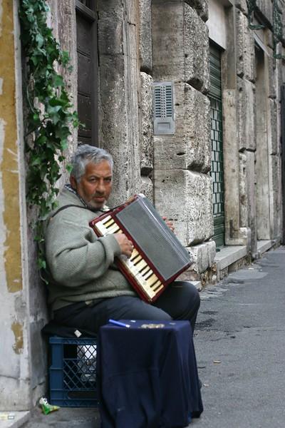 musician-3_2088104136_o.jpg