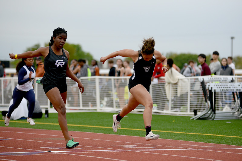 HS-Track-13-6A-District-Championships_022.jpg