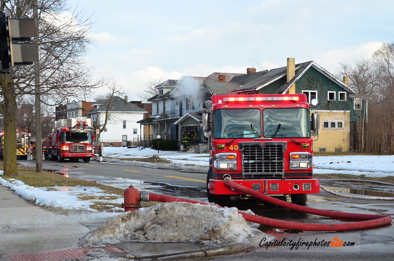2/17/18 - 1677 Glendale St - 1608 hours – Engines 40, 39, Highland Park Engine 1, Ladder 17, Squad 5, Chief 8. Engine 40 stretched on a vacant dwelling going on the 2nd floor. Chief 8 requested a 4th engine on the box (Engine 35).