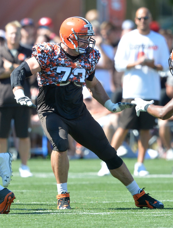 . Cleveland Browns tackle Joe Thomas blocks during practice at NFL football training camp, Tuesday, Aug. 4, 2015, in Berea, Ohio. (AP Photo/David Richard)