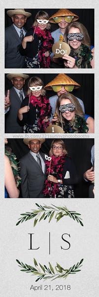 ELP0421 Lauren & Stephen wedding photobooth 39.jpg